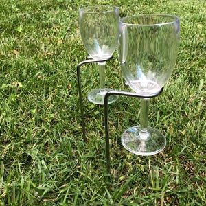 Stainless Steel Wine Glass Stakes w/4 Glasses